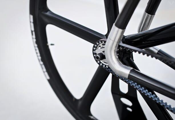 VIKS-Carbon-Bicycle-01