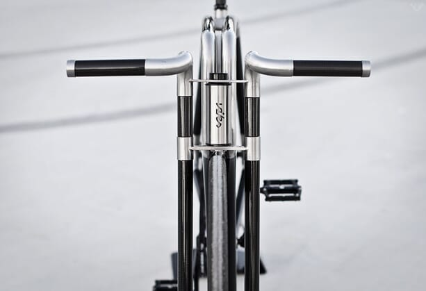 VIKS-Carbon-Bicycle-02