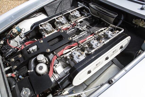 Lamborghini-Islero-S-Car-9