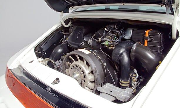 Porsche-964-Carrera-RS-white-18