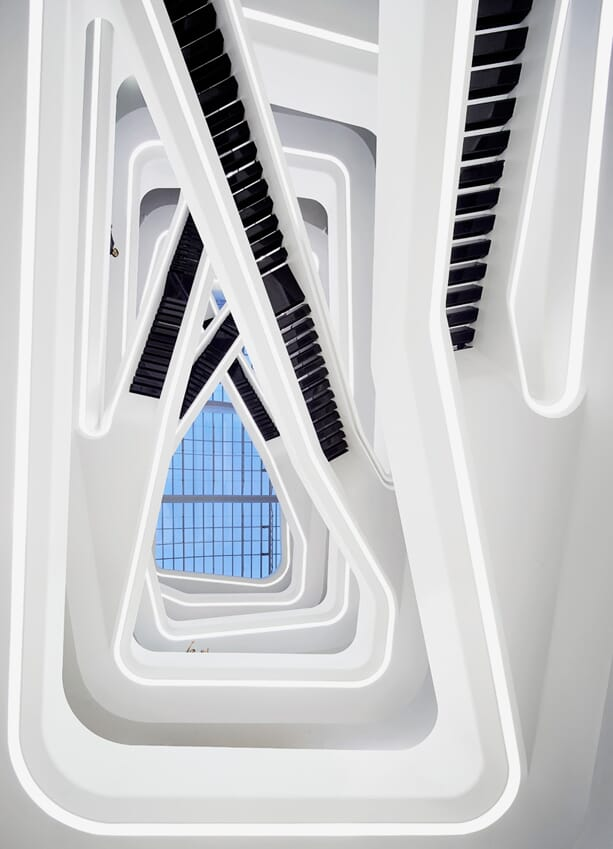 zaha-hadid-dominion-office-building-3