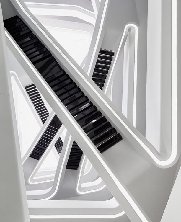 zaha-hadid-dominion-office-building-4