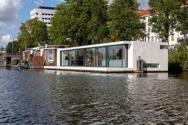31ARCHITECTS_house-boat-05