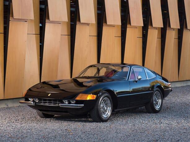 Ferrari-365-GTB-Daytona-1