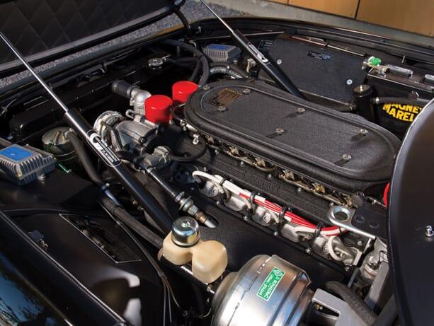 Ferrari-365-GTB-Daytona-2