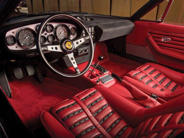 Ferrari-365-GTB-Daytona-3