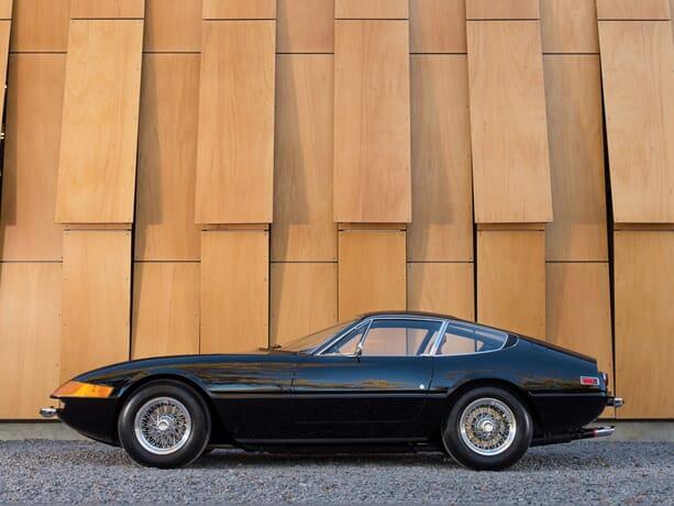 Ferrari-365-GTB-Daytona-4