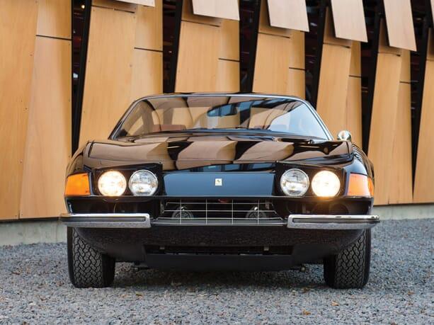 Ferrari-365-GTB-Daytona-6