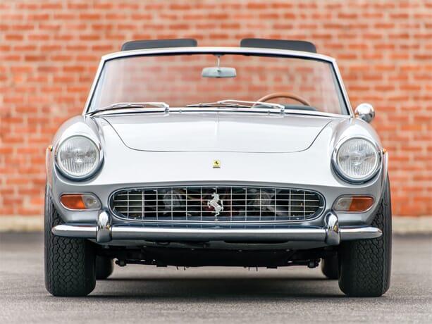 Ferrari-250-GTS-2