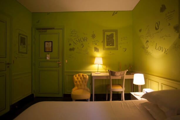 Hotel-Amour-5