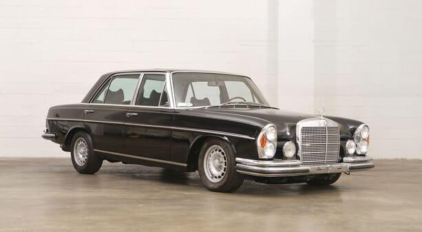 Mercedes-Benz-300-SEL-6.3-2