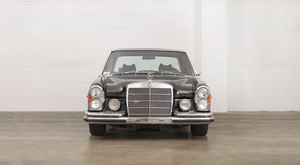 Mercedes-Benz-300-SEL-6.3-3