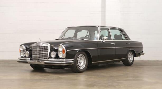 Mercedes-Benz-300-SEL-6.3-4