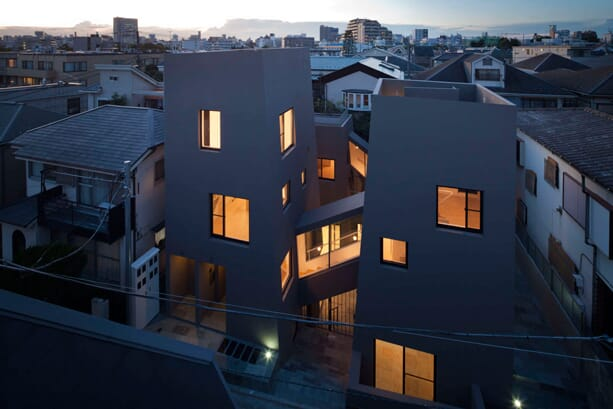 Nishihara-Nagaya-Apartments-by-Kawakubo-Tomoyasu-2