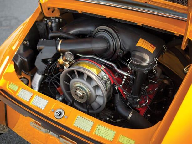 PORSCHE-911-2.7-RS-3