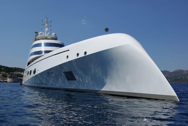 Philippe-Starck-yacht-a-2