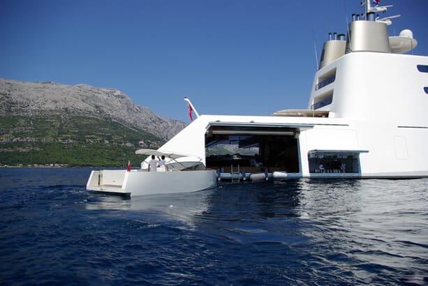 Philippe-Starck-yacht-a-6