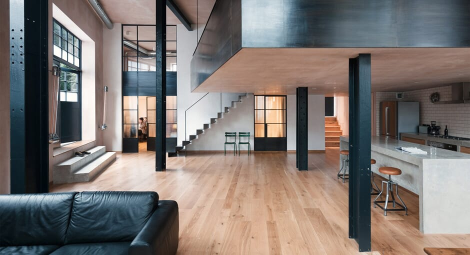 London Warehouse Conversion by Sadie Snelson Architects