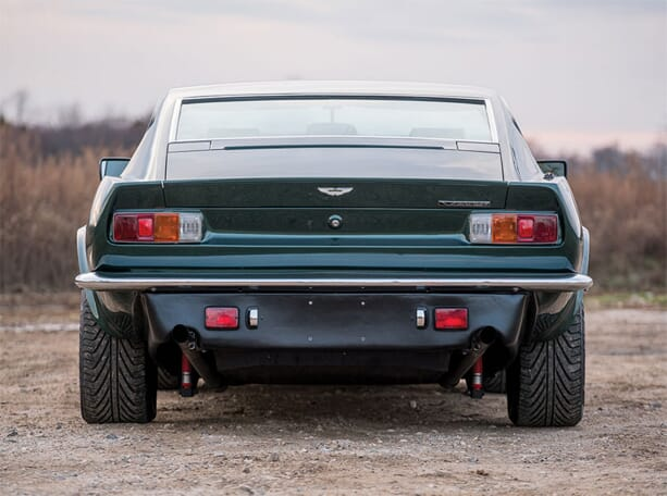 Aston-Martin-V8-Vantage-3