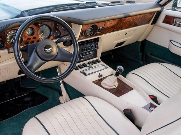 Aston-Martin-V8-Vantage-5