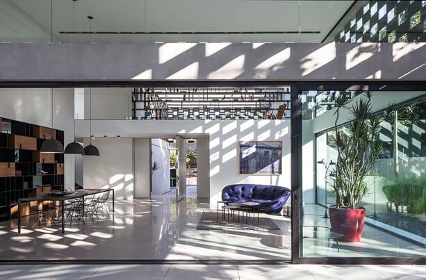 praise_of_shadows_pitsou_kedem_architects_3