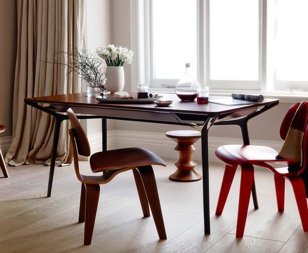Charles-Wilson-Herman-Miller-table-4