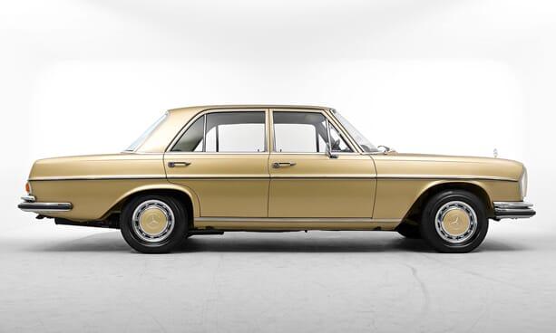 Mercedes-280-SE-gold-03