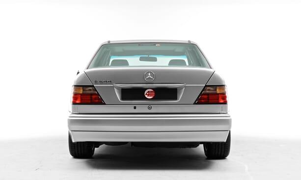 Mercedes-E500-Limited-porsche-1