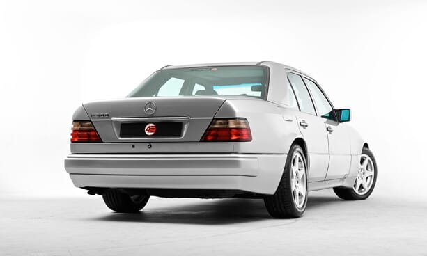 Mercedes-E500-Limited-porsche-4