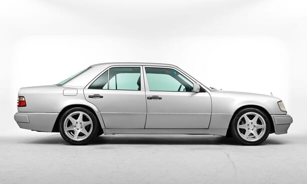 Mercedes-E500-Limited-porsche-7