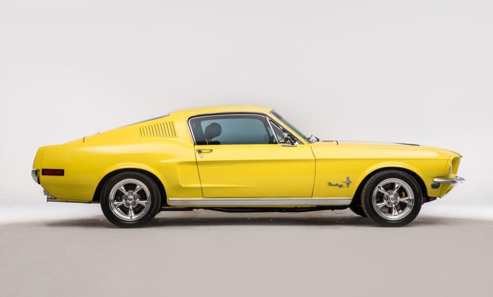 Ford-Mustange-Fastback-1