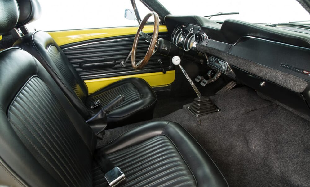 Ford-Mustange-Fastback-5