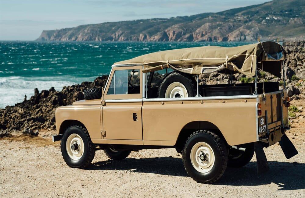 Coolvintage Land Rover 109 1