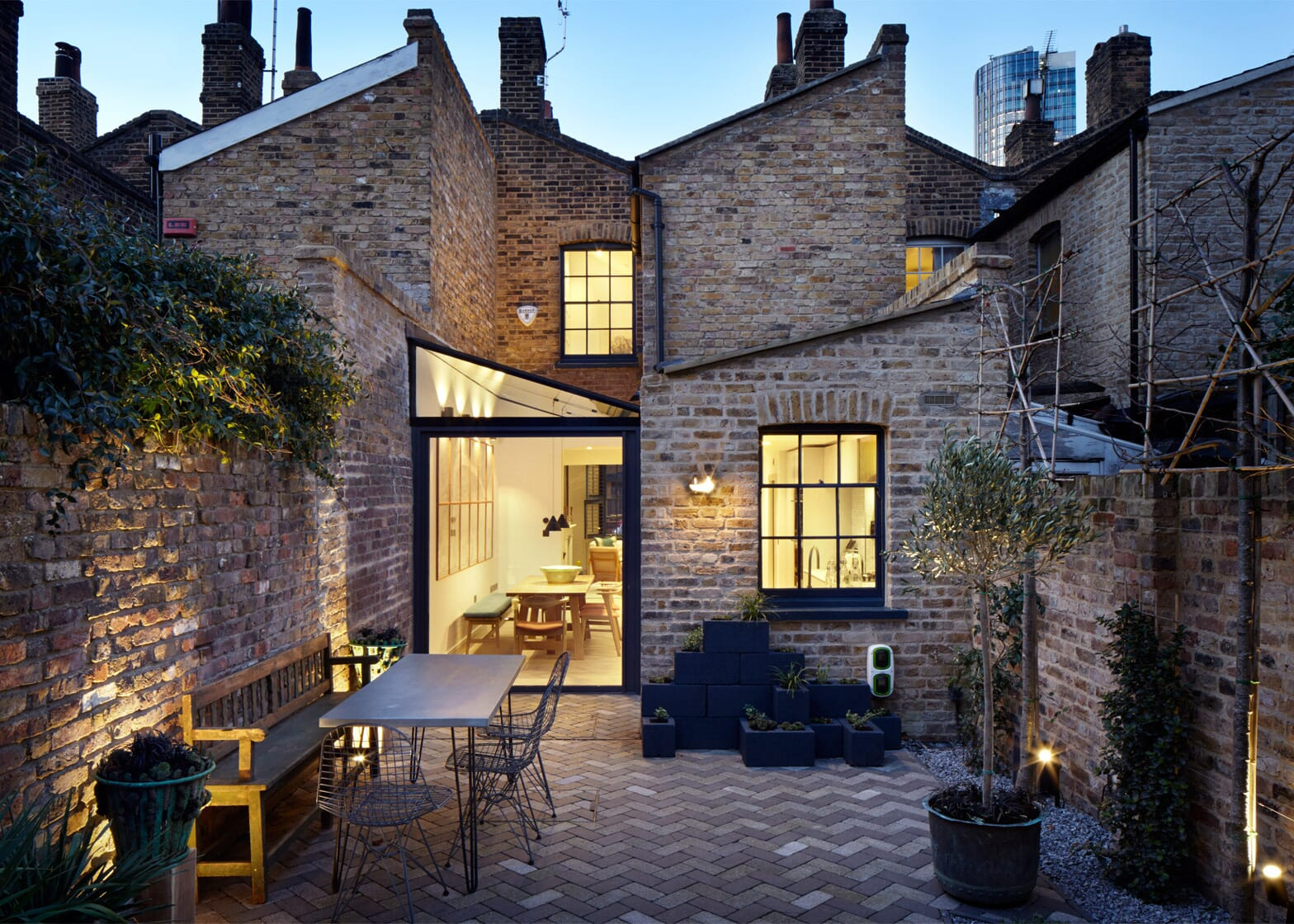 lambeth-marsh-house-fraher-architects-residential-renovation-london-uk_dezeen_1568_9-2