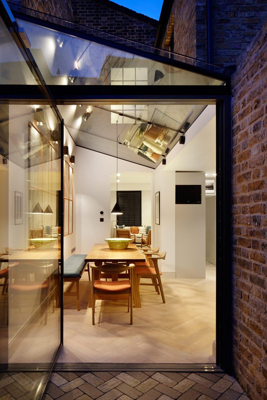 lambeth-marsh-house-fraher-architects-residential-renovation-london-uk_dezeen_936_17
