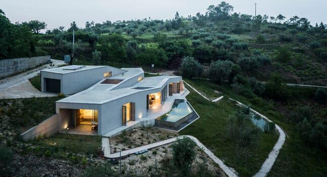 Casa na Gateira by Camarim Arquitectos