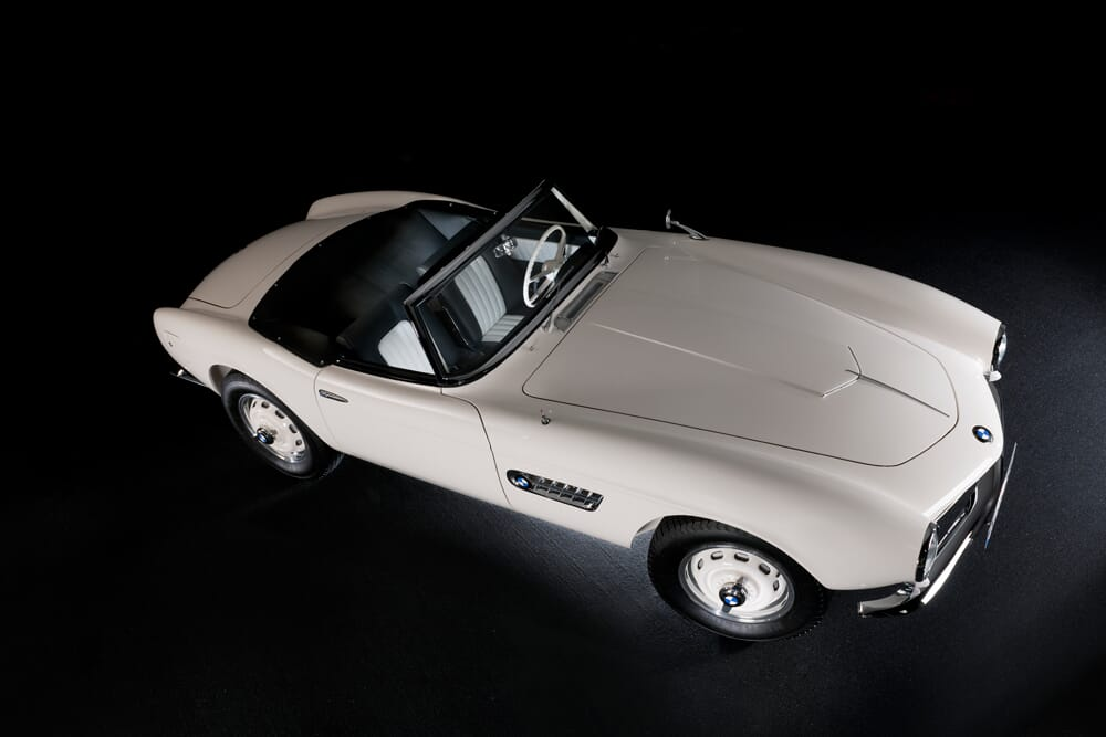 Elvis-BMW-507-Roadster-2