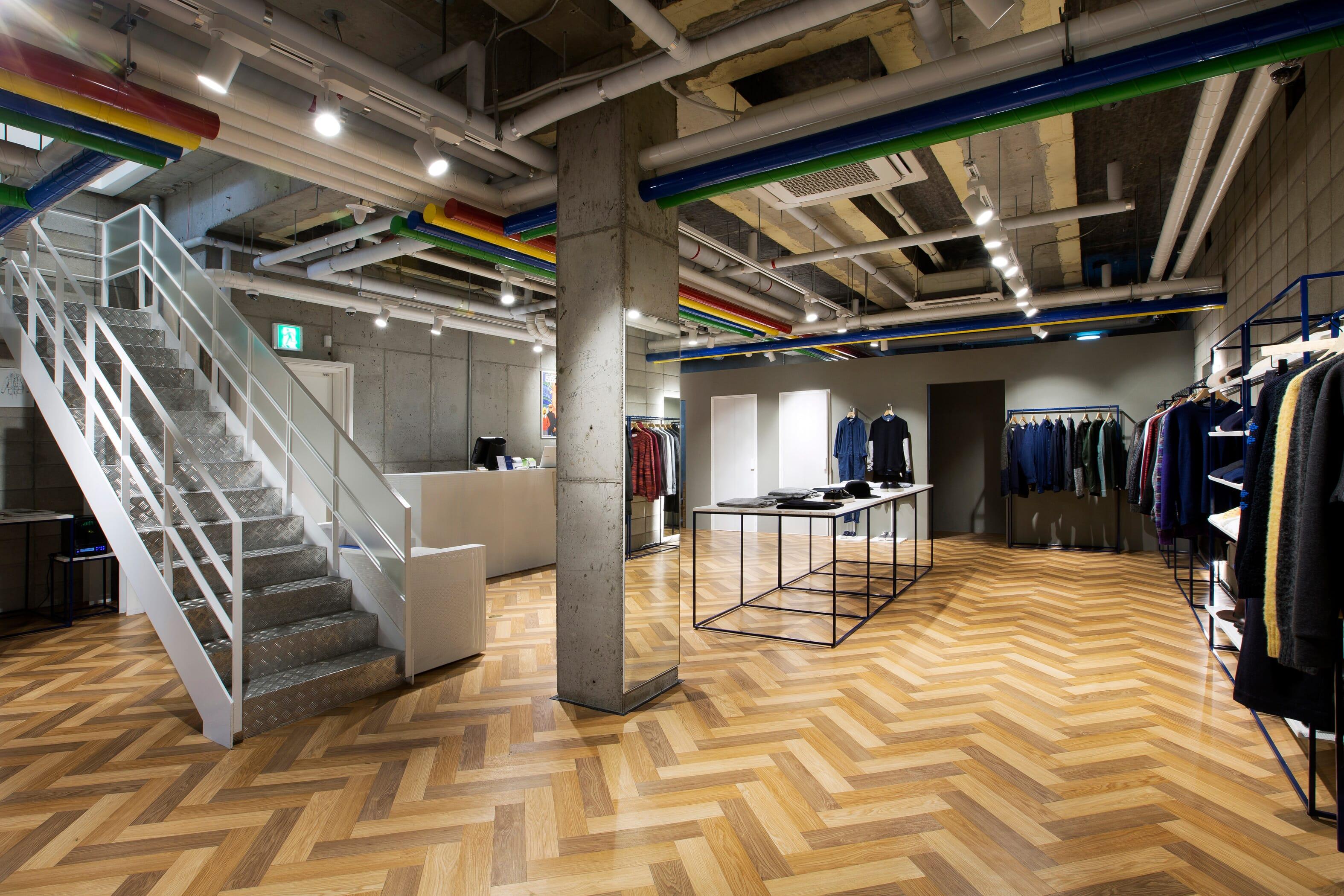 ymc-seoul_aw16-store_interior_b1f_4