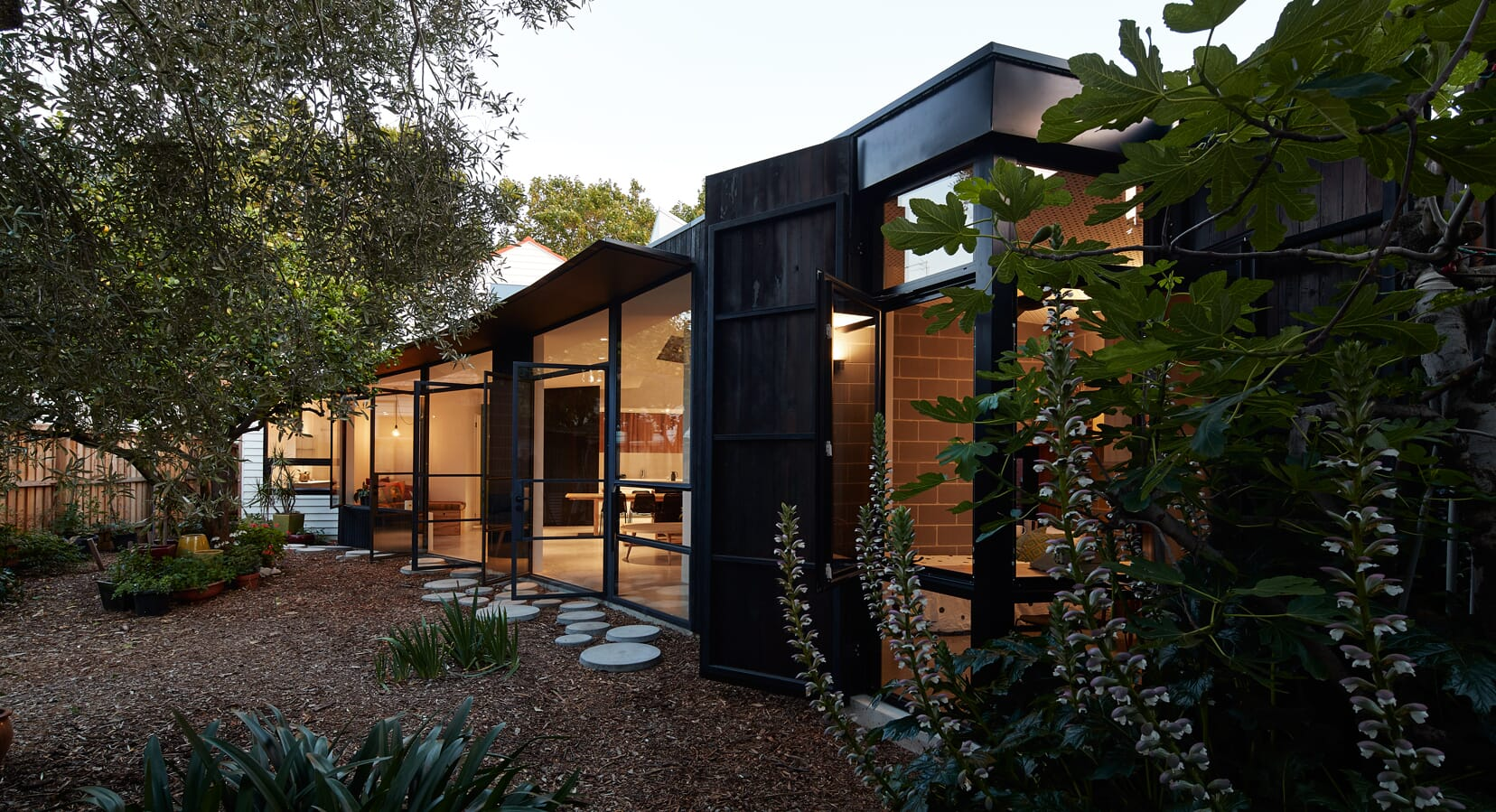 Garden Pavilion by Black Line One X Architecture Studio