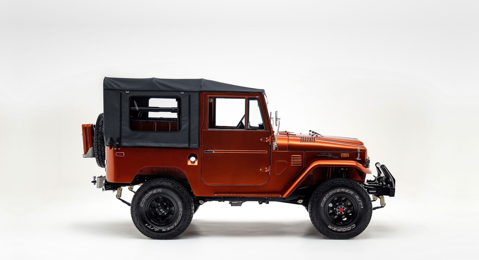 This Restored 1972 Toyota FJ40 Land Cruiser Is Inspired by a Tonka Truck