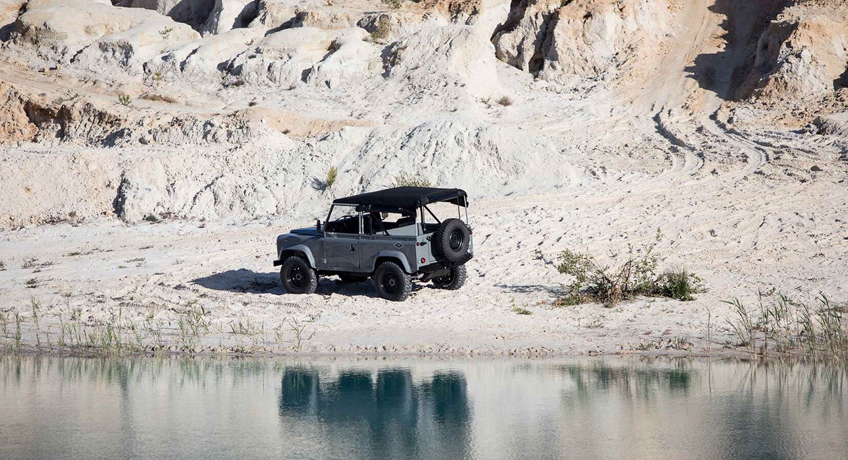 CoolnVintage Return With This Spectacular Land Rover D90