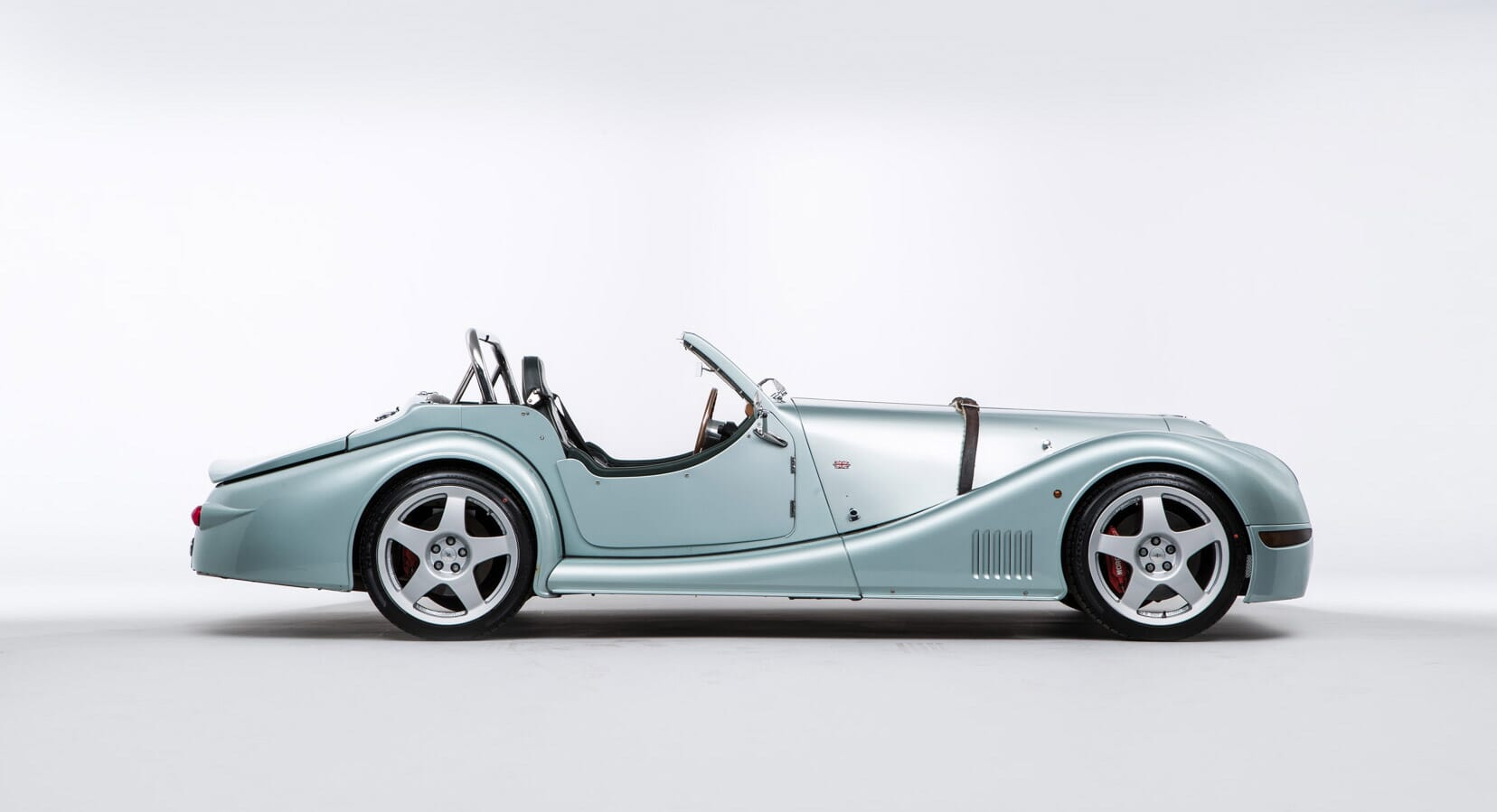 Is The Morgan Aero 8 The Most Underrated British Sports Car?