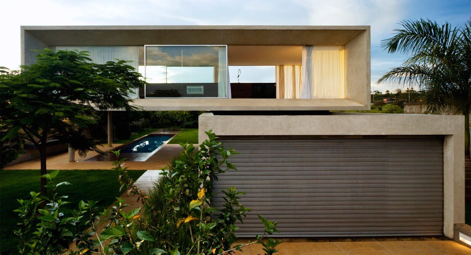 Studio MK27 Takes Inspiration From Brazilian Modernism For The Osler House
