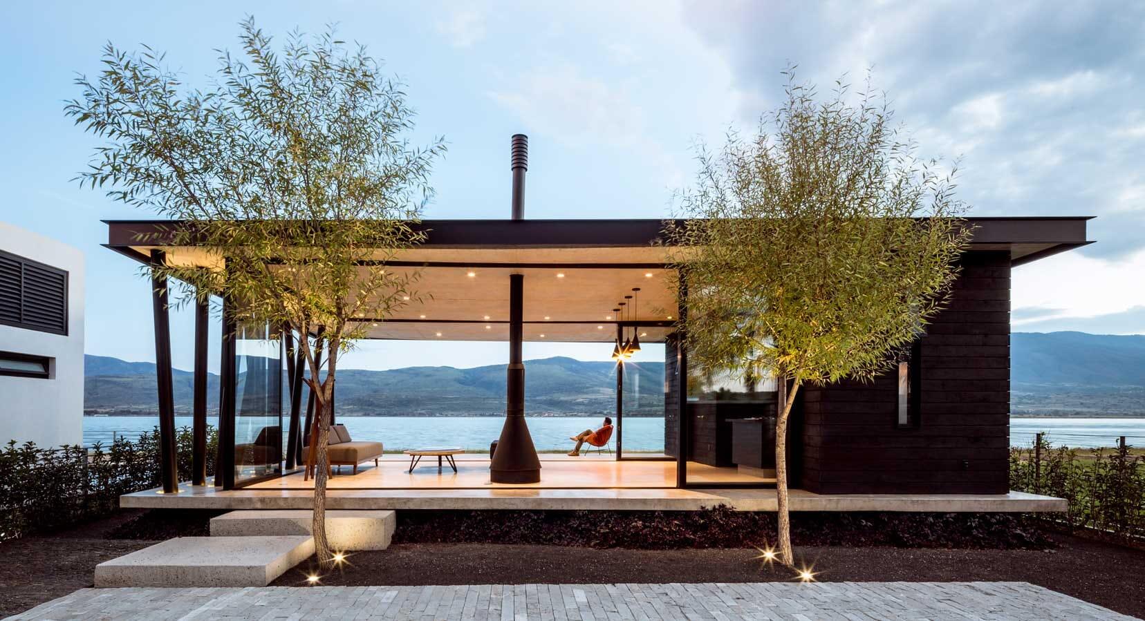 The F+G Cajititlán Terrace by Jaime Copado & Francisco Sarabia