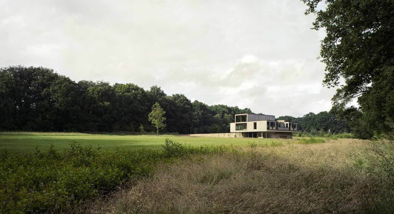 At One With Nature: The Valkenberg Estate by Ard de Vries Architecten