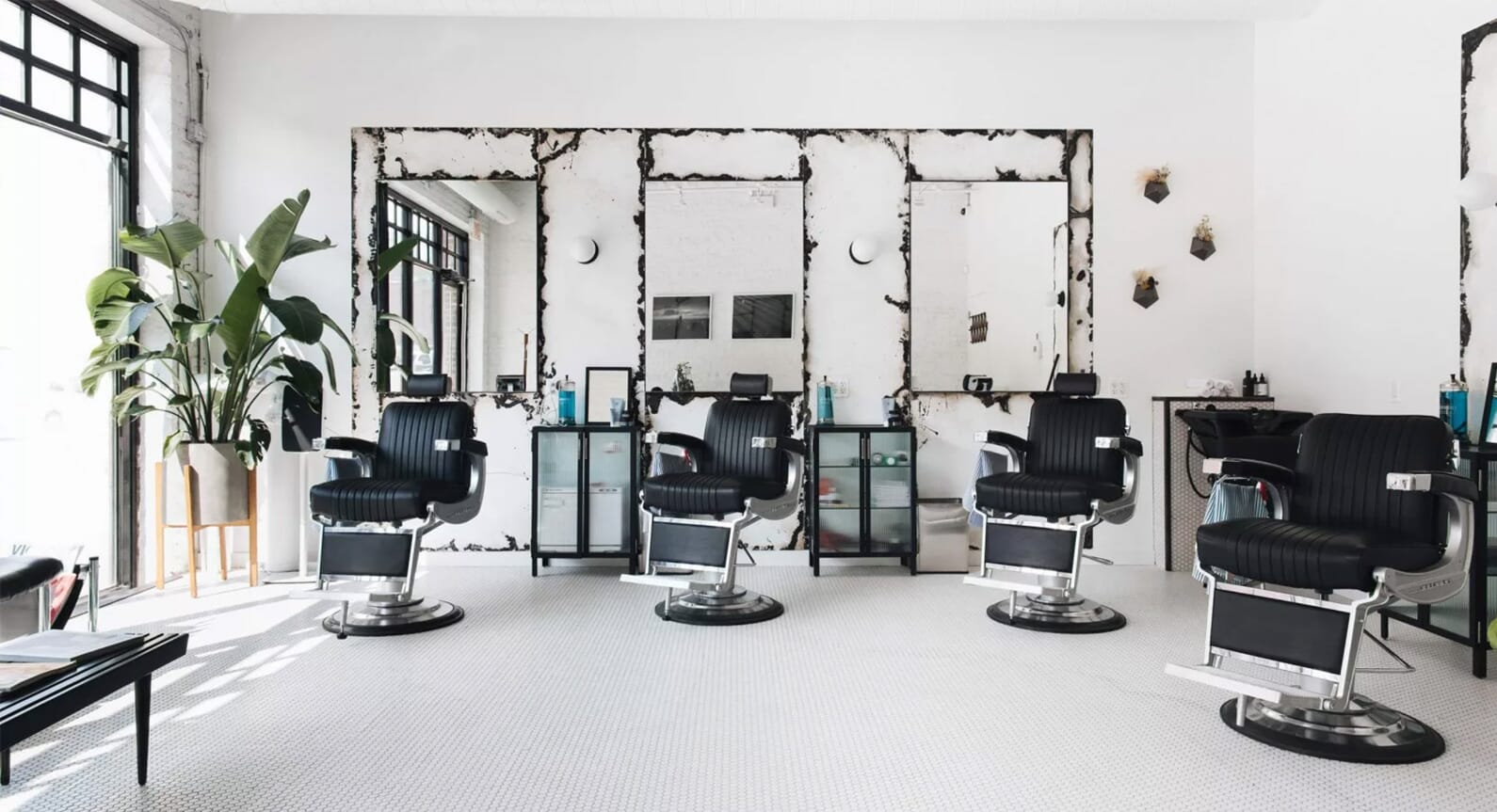Inside Blind Barber Chicago: The New Age In Modern Barbers