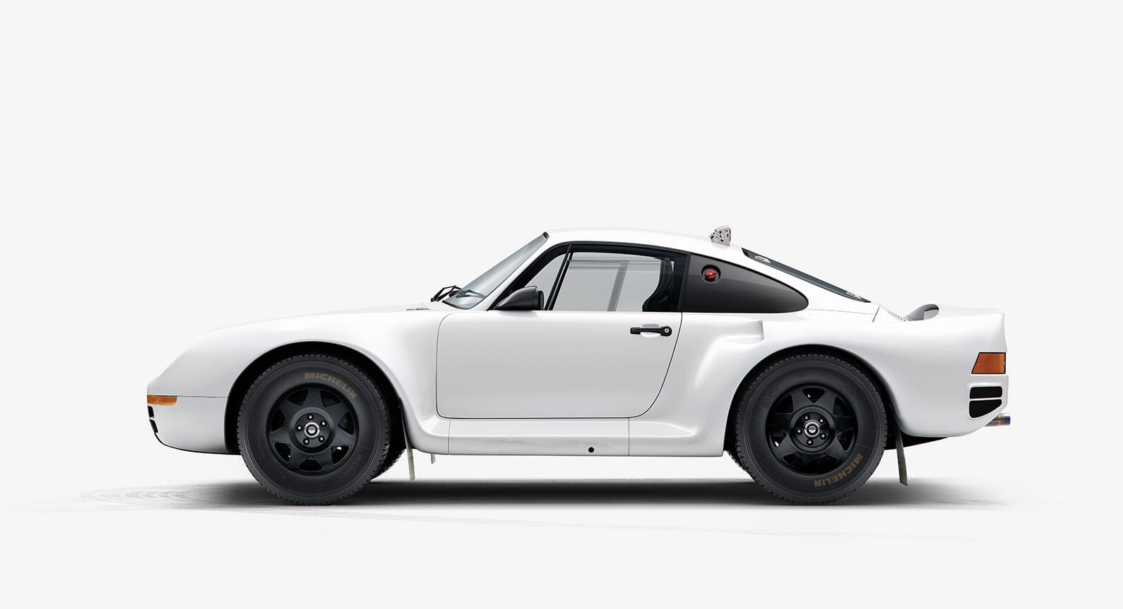 INK Pay Tribute To The Iconic Dakar Porsche 959