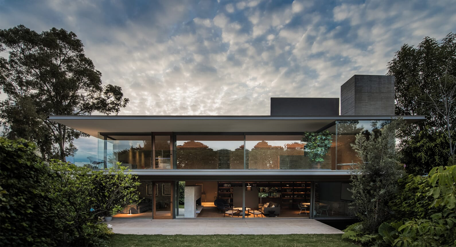 The 1940s-Inspired Casa Ramos By JJRR Architecture