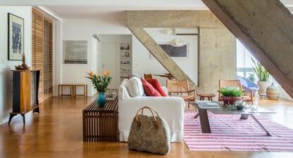 Estudio Chao's Apartment Balcony reveals beautiful concrete beams