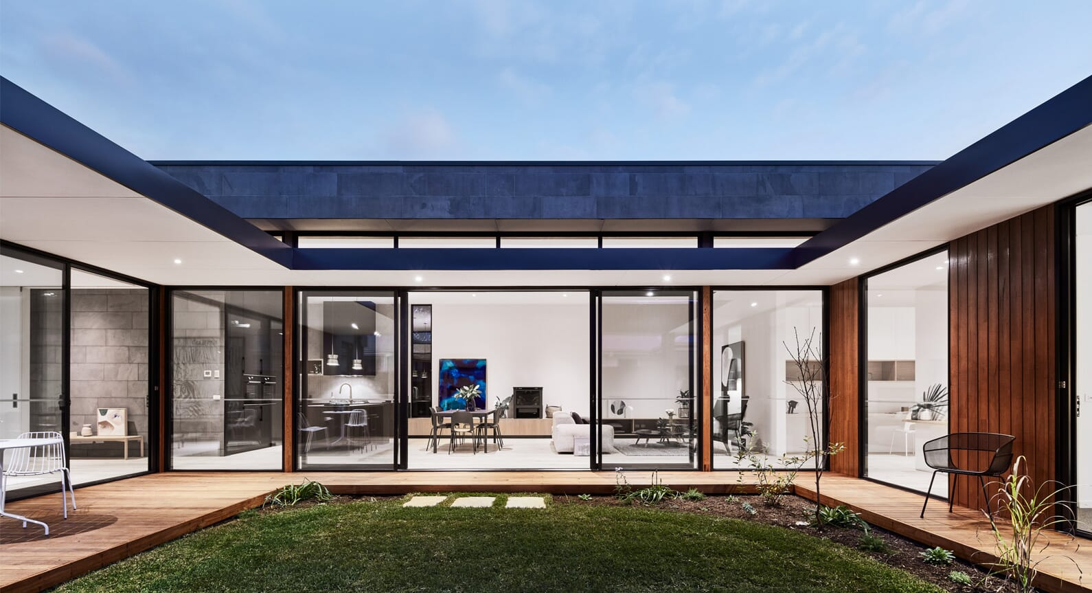 Explore Earthy Luxuriance In The Barwon Courtyard House